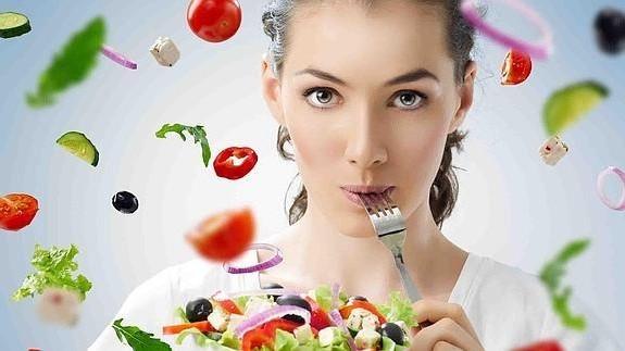 بیماران بعد از انجام دادن عمل اسلیو معده برای مصرف غذاهای جامد و غذاهای پوره ای چه مواردی را باید مد نظر قرار دهند؟