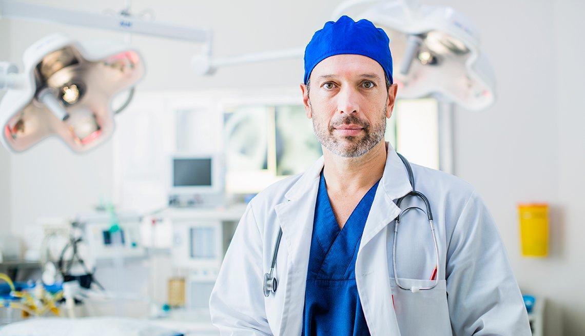 آیا جراح از بیماران گذشته توصیفات مشخصی دارد؟