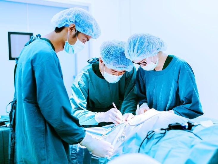 انجام عمل اسلیو معده در بیمارستان دولتی