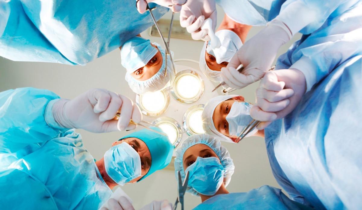 آیا عمل جراحی اسلیو معده عوارض جانبی هم دارد؟