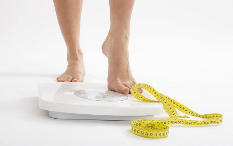اندازه گیری و محاسبه درصد چربی بدن