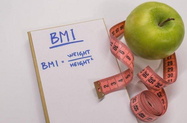 شاخص توده بدنی بیش از سی و پنج کیلوگرم و مبتلا به اختلالات مرتبط به اضافه وزن بالا