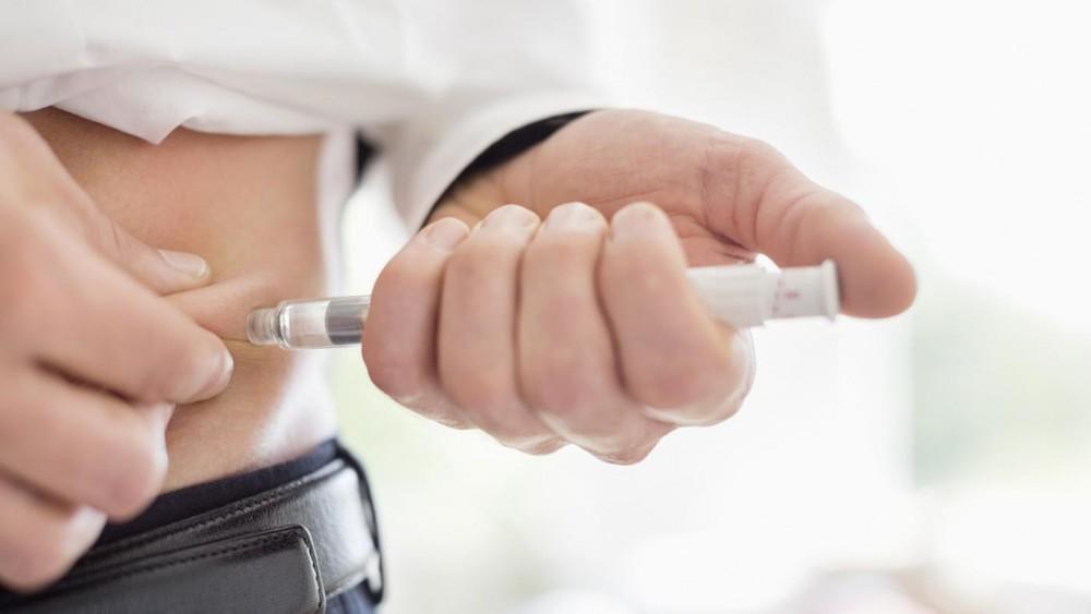 چگونه میتوان از واکنشهای انسولین در بدن اطلاع پیدا کرد؟