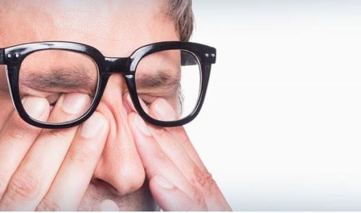 ضعف بینایی