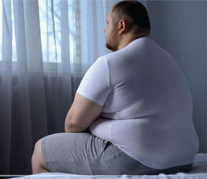 اکثریت قریب به اتفاق افراد چاق، فست فود می خورند