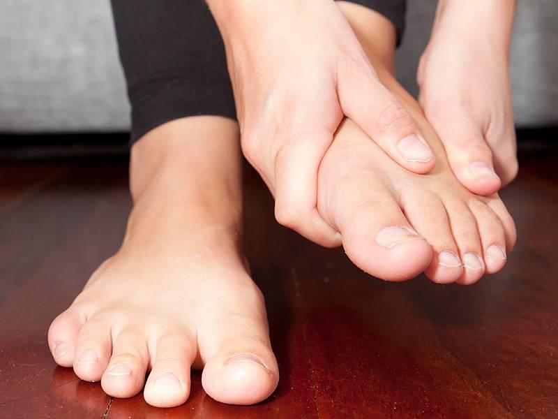 در پانسمان زخم پای دیابتی باید به چه نکاتی توجه شود؟