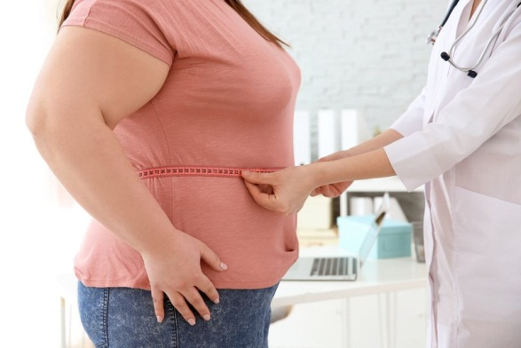 مراجعه به متخصص تغذیه برای انجام عمل جراحی چاقی چه تأثیری دارد؟