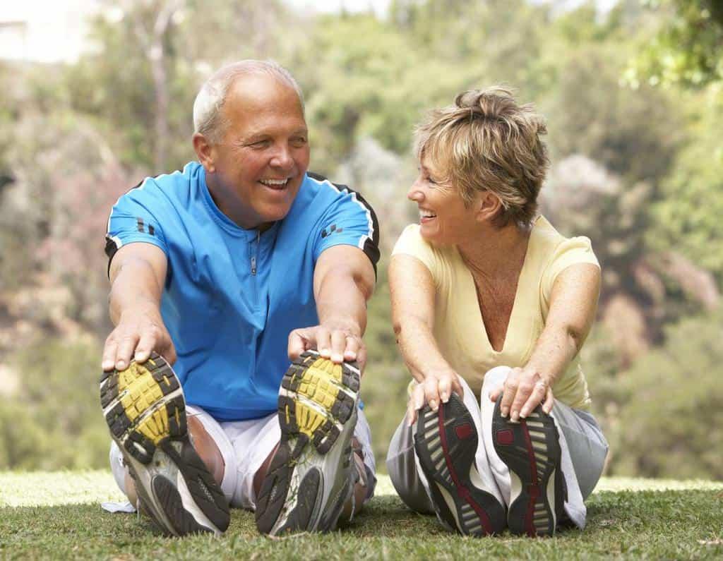 انجام پروسه ی درمانی بیماری آرتریت روماتوئید به وسیله ی شیوه ی درمانی موسوم به اوزون درمانی یا همان اکسیژن درمانی، به چه شکل قابل انجام است؟