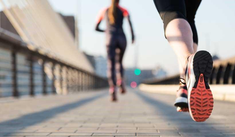 پرداختن به تحرکات فیزیکی و فعالیت های بدنی